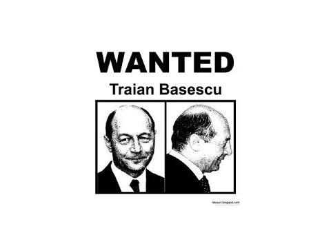 """Mircea Badea: """"Traian Băsescu trebuie să-şi dea demisia"""""""