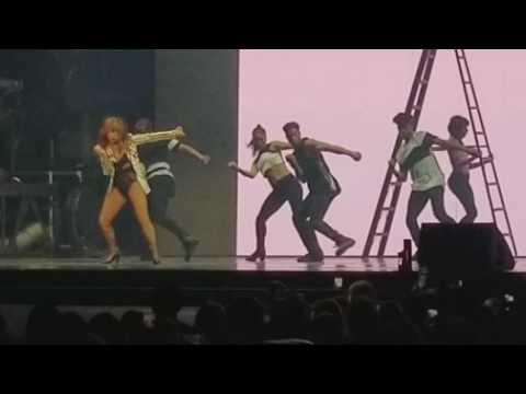 Paula Abdul Straight Up Live Chicago 2017