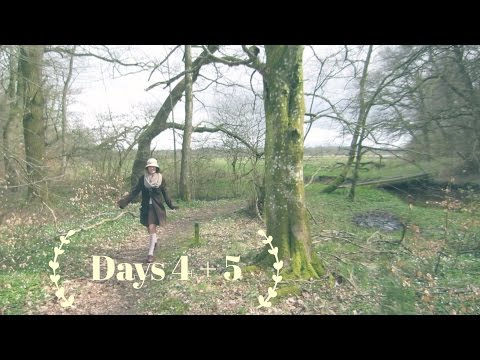Easter holidays 4 and 5 // train ride // mori girl forest walk // bath bomb