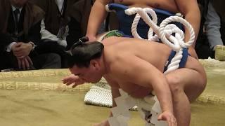 貴ノ岩への暴行問題で引退を表明した横綱日馬富士関。 ダイナミックな横...