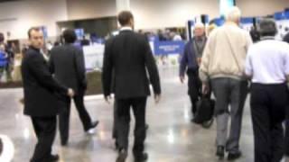 Bill Gates Strolling at Berkshire Hathaway Shareholders Meeting 2009