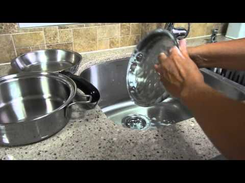 How to clean pots and pans with vinegar.