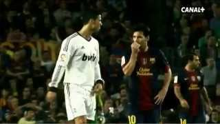 Cristiano Shoulder Injury Messi asked him if he is fine.►DieΛussenseiterBN