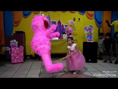 La Piñata Canción