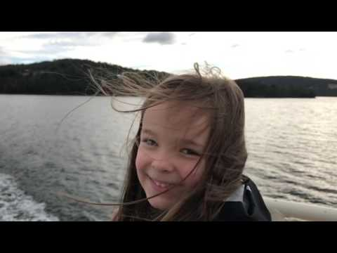Evie's Tasmanian Adventure - Road trip from Beauty Point to Bruny Island