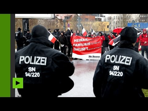 Les activistes du parti «Die Rechte» défilent à Leipzig (Direct du 18.03)