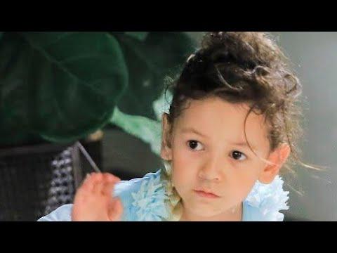 Hoa Hậu của lòng mẹ Victoa xuất hiện trên LIVE lập tức face của Hương Hoàng sập nguồn