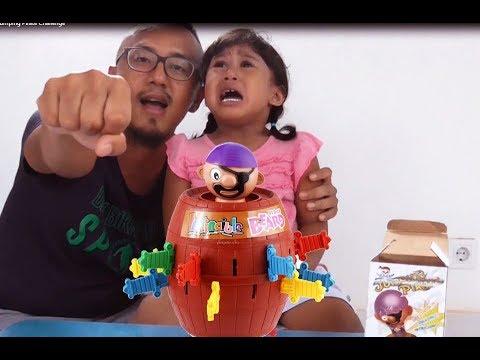 Mainan anak Jumping Pirates - Kayyis kenapa nangis ya? #Episode 82