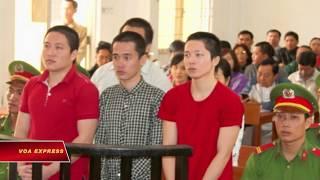 19 năm tù vì treo cờ Việt Nam Cộng Hòa