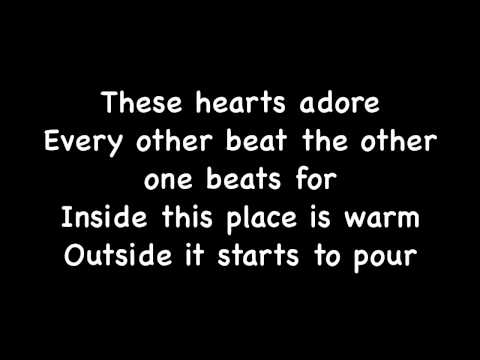 The Neighbourhood - Sweater Weather Lyrics