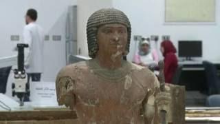 مجموعة آثار توت عنخ آمون تبدأ رحلتها إلى المتحف المصري الكبير