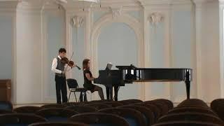 "видео: А.Конюс "" Концерт для скрипки с оркестром "" Исп.Кришчян Арам"