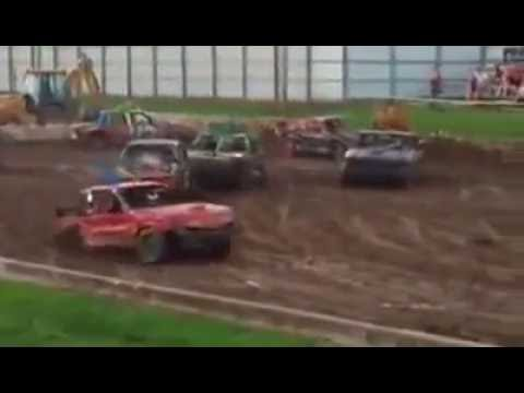 Warren county Fair compact weld figure 8 feature July 21 2016