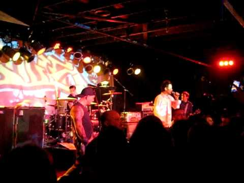 Bouncing Souls - Fight to Live @ The Stone Pony 2/10/11