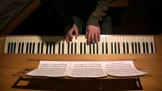 The Throne Room from Star Wars for piano
