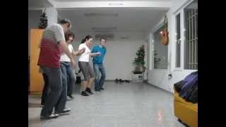 Урок по НАРОДНИ ТАНЦИ - Добруджанска ръка - Солидарен център Варна