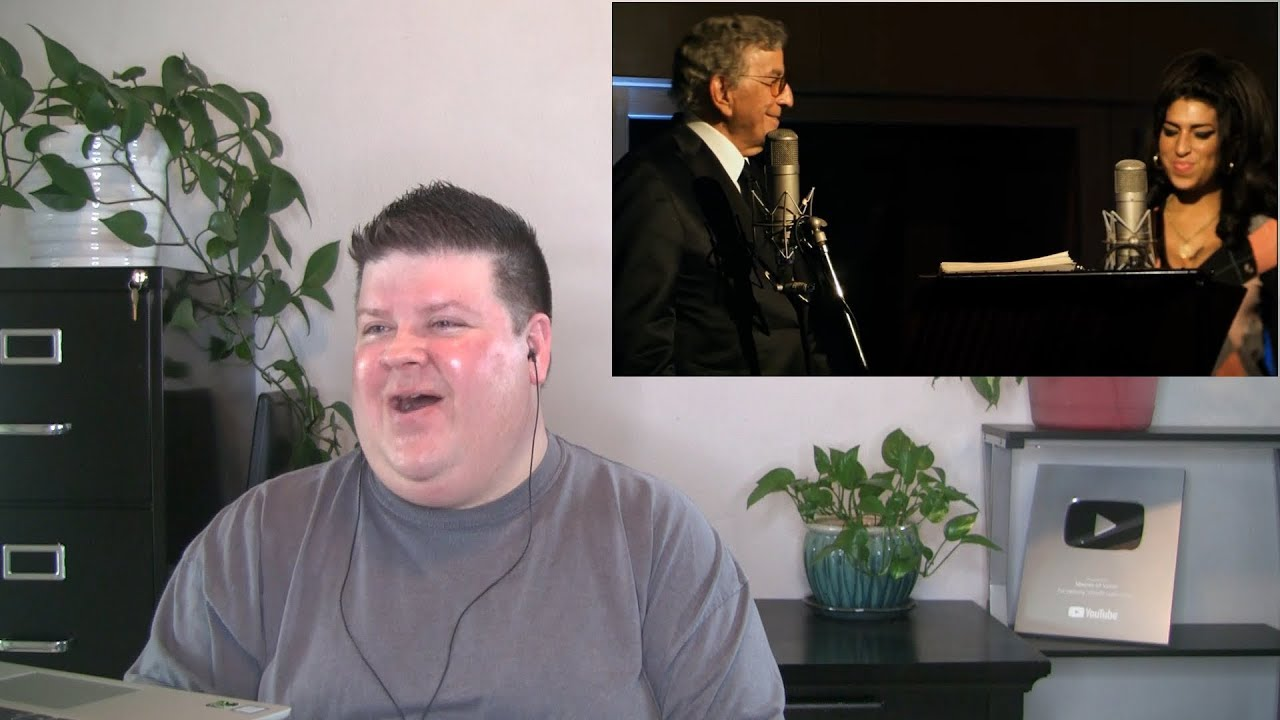 Voice Teacher Reacts to Tony Bennett &  Amy Winehouse - Body and Soul