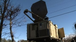 US army unveils electromagnetic non-lethal weapon