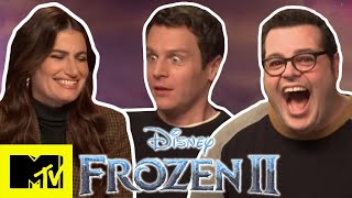 Download lagu Idina Menzel & Frozen 2 Cast Talk Into The Unknown & Play Disney Pictionary | MTV Movies