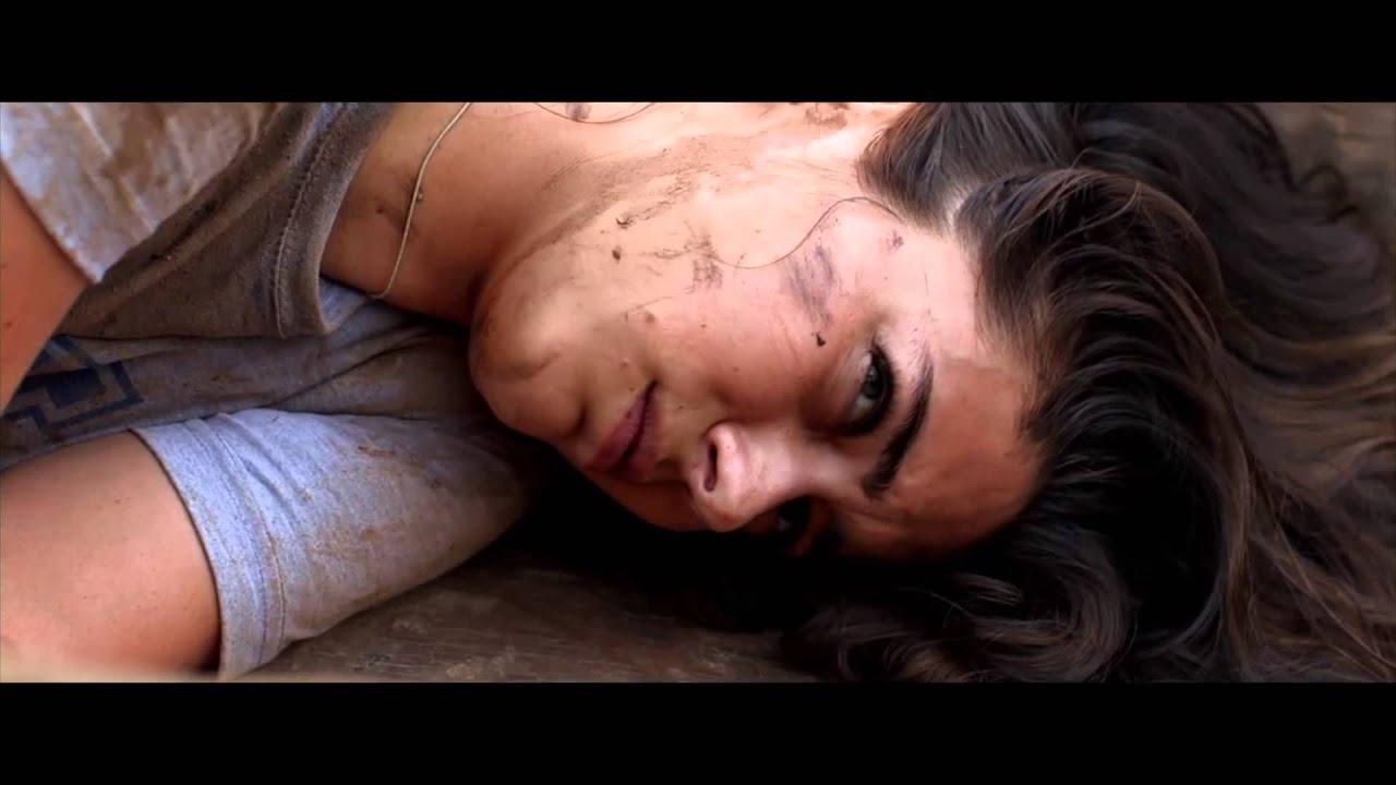 The Green Inferno - SPANISH Trailer