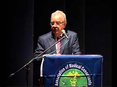 Dr. L M Kapoor Introduces Dr Anil Suchak For AMC Lifetime Achievement Award.mp4