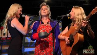 "Aly Sutton - Vietti Chili Jingle: ""kitchen Talk"""