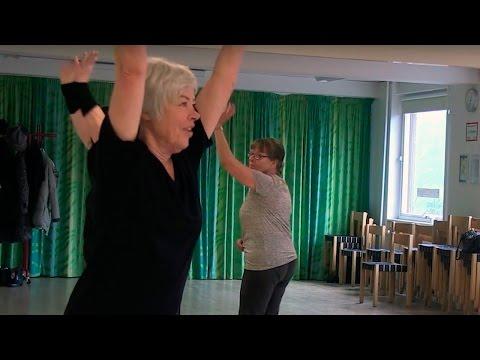 Dans giver Lisbeth nye venner