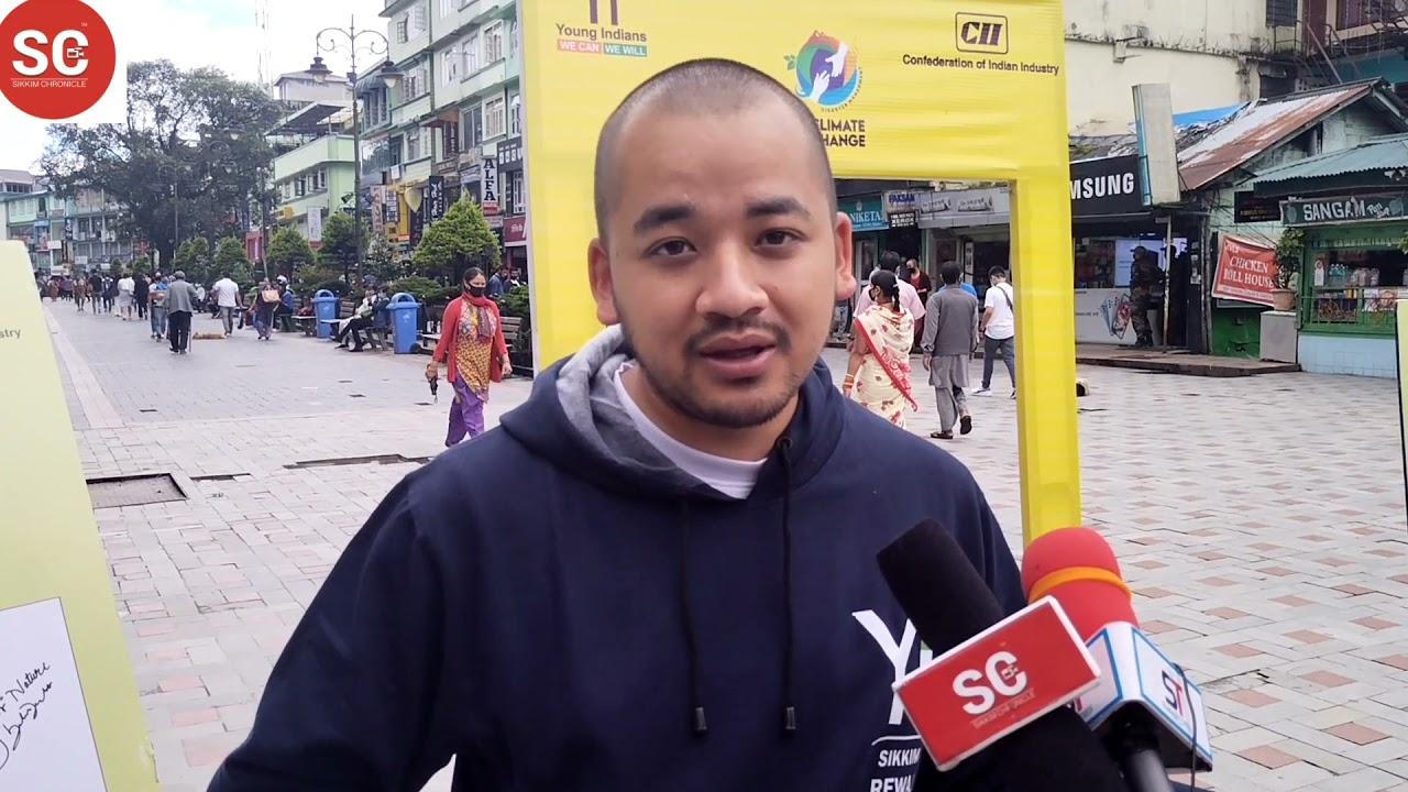 Download Young Indians Sikkim Chapter ले क्लाइमेट चेञ्जमाथि एम जी मार्गमा जागरुकता कार्यक्रम आयोजना गरेको