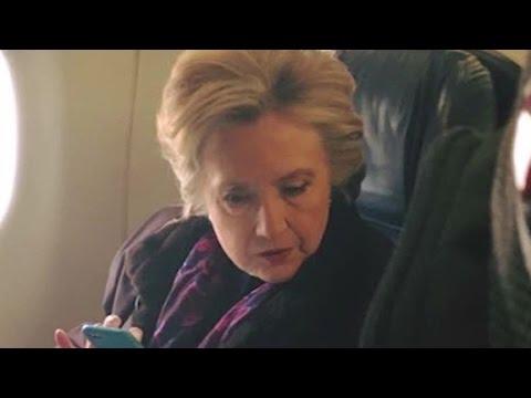 Clinton airplane photo goes viral