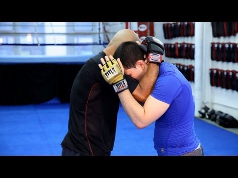 3 Basic Knee Strike Techniques | MMA Fighting