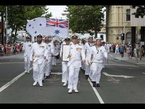 HMAS Hobart participates in Royal Hobart Regatta 2018