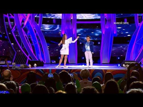 Микелла Абрамова Feat. Ержан Максим - Эта любовь / Mikella Abramova Feat Erzhan Maksim - This Love