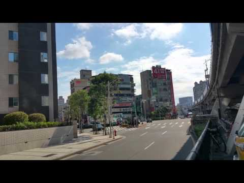 20160126 Parking Lot, Taipei City, Taiwan 新生高架道路下 停車場