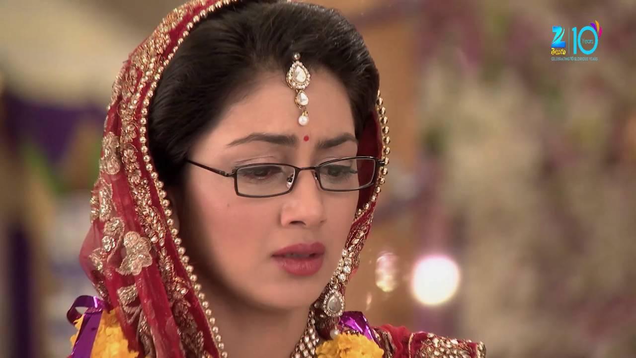 Download Kumkuma Bhagya - Telugu Tv Serial - Sriti Jha, Shabbir Ahluwalia - Best Scene - Epi-182 - Zee Telugu