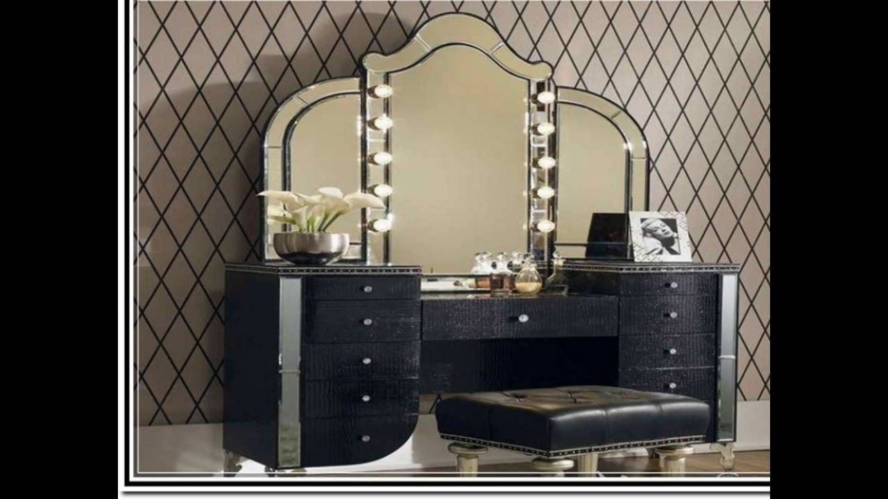 Makeup Vanity Table With Lighted Mirror - YouTube