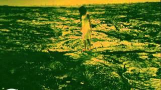 10th Single。2001年2月21日発売。 竹内鉄郎監督作品。 収録アルバム:...
