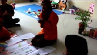Video Micro Teaching Kegiatan Pembelajaran Anak Usia Dini Semester 4 Kelas A Tahun Ajaran 2014-2015 (3) download MP3, 3GP, MP4, WEBM, AVI, FLV Juni 2018