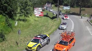 Video Zbrosławice - 30.07.2017 - Tour de Pologne 2017 - Etap II - Początek ucieczki download MP3, 3GP, MP4, WEBM, AVI, FLV November 2017