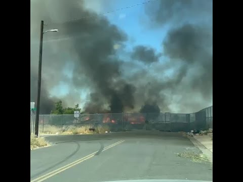 Fire near homes force evacuations in Stockton