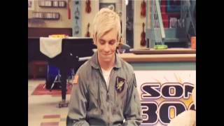 Austin & Ally Bloopers