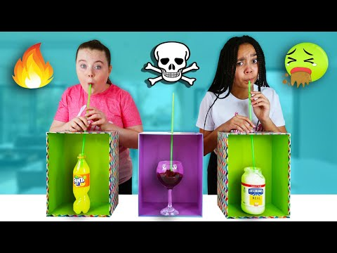 Don't Choose The Wrong Straw (THE DEATH STRAW CHALLENGE!!)