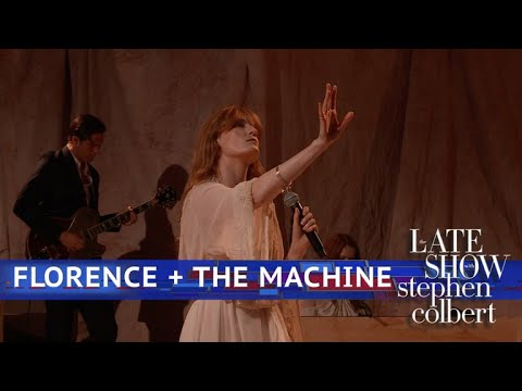 Florence + The Machine Perform Hunger