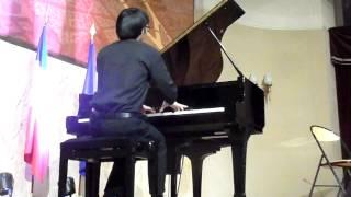 29-11-2014 (13) 50 ans de relations FRANCE-CHINE (ZI-XIANG  WANG au piano)