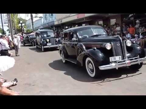 Art Deco Weekend Napier New Zealand Vintage car Parade 19 - 22/ 02/ 2015