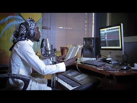 Download Sabuwar wakar_Nazifi_Asnanic_ Video Akan _Fadan Jos Hausa Song 2018 Ft. Murja A. Baba