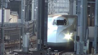 早朝の品川駅引き込み線で待機する東海道新幹線下りの1番列車となるのぞみ99号