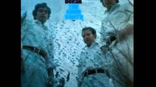 The Good Earth Trio - Young Birds Fly (1968)