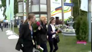 Ирина Яровая убегает от Ксении Собчак