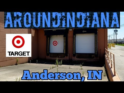 Exploring A Boarded-Up Closed Target - Anderson, Indiana