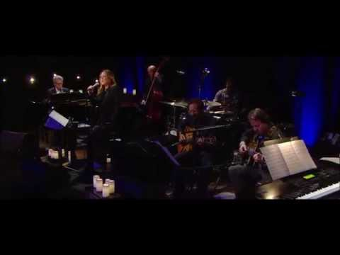 Diana Krall - I'm Not In Love - Live